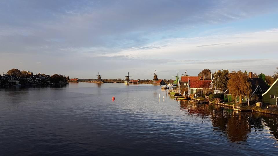 Kincir Angin Tradisiional Belanda, Wind Mills, Holland Bakery, Zaanse Schans, Zaandam, Volendam, Amsterdam.