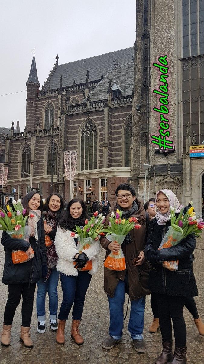 Mahasiswa Indonesia di Belanda, Memetik Tulip di Amsterdam, Sekolah di Belanda, Menuntut Ilmu di Belanda, Beasiswa ke Belanda