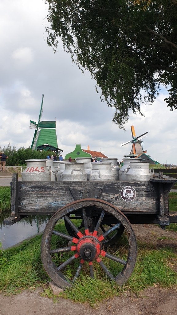 Spot Foto Menarik di Zaanse Schans, Liburan Singkat di Belanda, Spot Wisata di Belanda, Transit Wisata Belanda